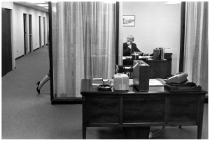 henri-cartier-bresson-bankers-trust-new-york-1960-b